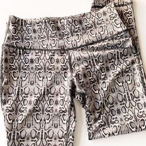 90 Degrees snake print leggings. womens x-small